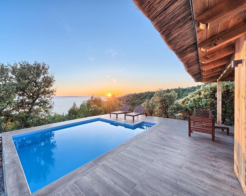 Bungalow for 4 sea view from terrace Golden Haven
