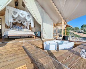 Glamping for 2 luxury terrace Golden Haven resort Murter
