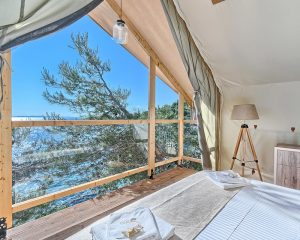 Treehouse sea view Golden Haven