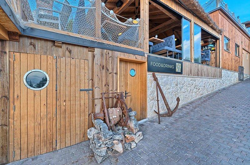 Restaurant Golden Haven resort